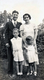 Young Harold with his parents and sister