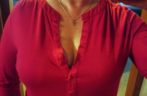 Henley Cleavage